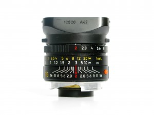 Zone focusing with manual lenses