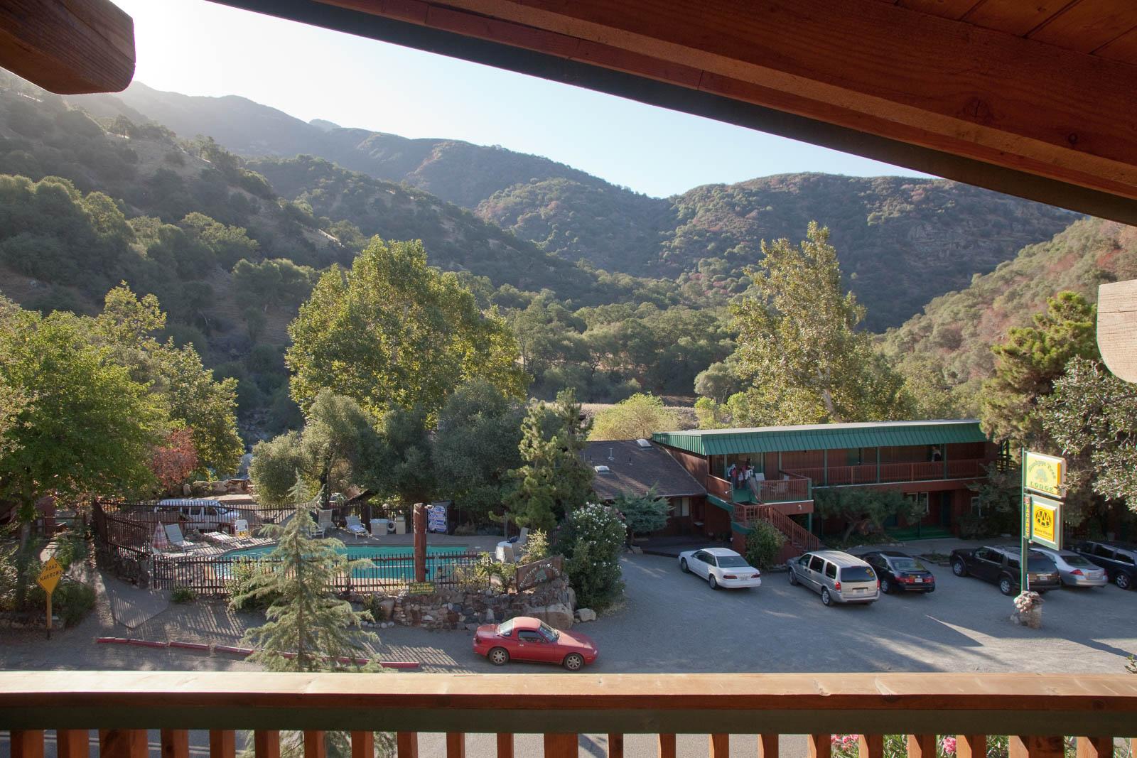 Room Falcon, Sequoia Village Inn, USA